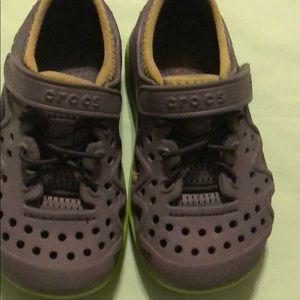 Crocs kids size C9